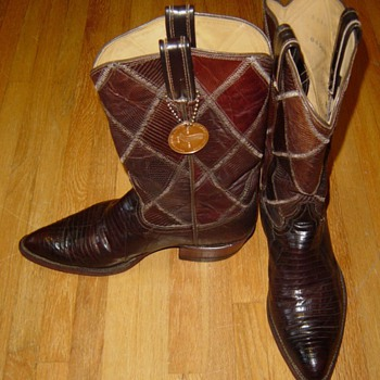 VTG Tony Lama Boots Question? - Shoes