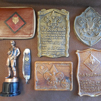 Boy Scout Plaques And Collectibles  - Sporting Goods