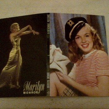 "marilyn monroe 1953 /#11/9 detachable postcards booklet, publicity stills for ""Gentleman Prefer Blonds."""