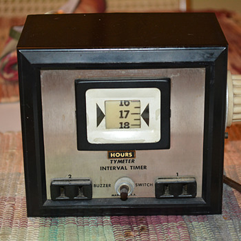 Tymeter Interval Laboratory Timer With Buzzer Model 90, 1966 - Electronics