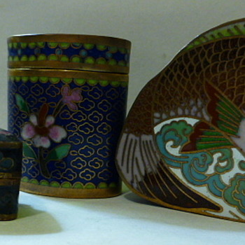Miscellaneous cloisonne pieces - Asian