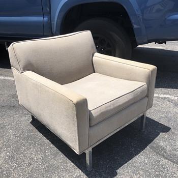 Mid Century Modern Club Chair - Mid-Century Modern