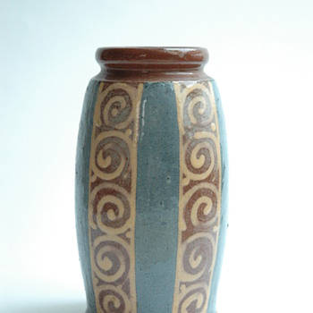 small  art deco pottery vase by LEON ELCHINGER - Art Deco