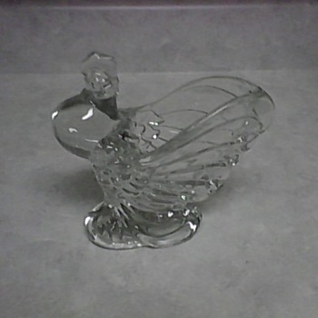 HEISEY CRYSTAL ROOSTER VASE - Glassware
