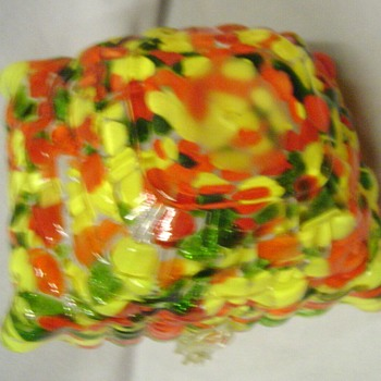 Another surprising Kralik glass spatter basket, from the Butler Brothers catalog, only shown once. - Art Glass
