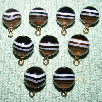 """Antique Scottish Agate Waistcoat Ball Buttons - 1/2"""" - Matching Set - Sewing"""
