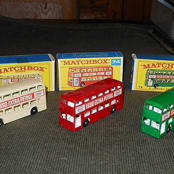 Matchbox #74 Daimler Bus - Model Cars