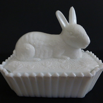 Westmoreland mule eared rabbit milk glass covered dish - Glassware
