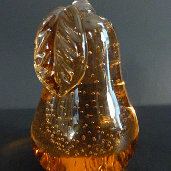 Maxwell Crystal, Tiffin Ohio controlled bubble pear, 1992 - Art Glass
