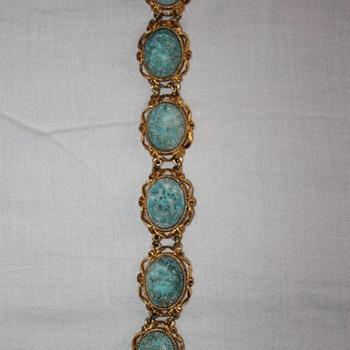 Vintage deco bracelet , peking glass - Costume Jewelry