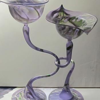 Very light intertwined glasses  - Art Glass