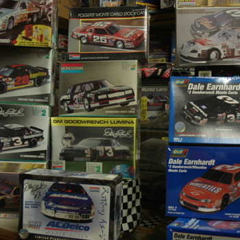 CANNON'S MODEL CAR AND POSTER COLLECTION - Model Cars