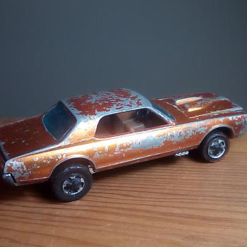 Hot Wheels Custom Cougar - Model Cars