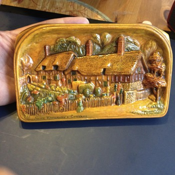 Bossons Rare Anne Hathaways Cottage Chalkware Plaque