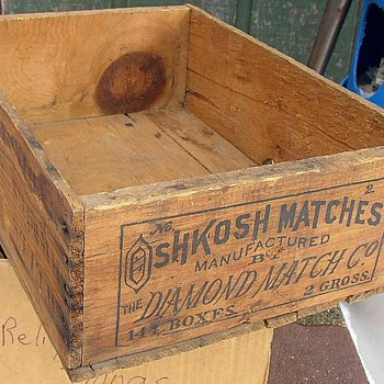 Oshkosh Matches Shipping Crate - Tobacciana