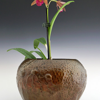 1902 Ludwig Vierthaler Seaform Copper Vase for Josef Winhart & Co. - Art Nouveau