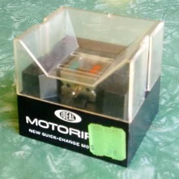The Motorific Quick-Change Motor by Ideal - Toys