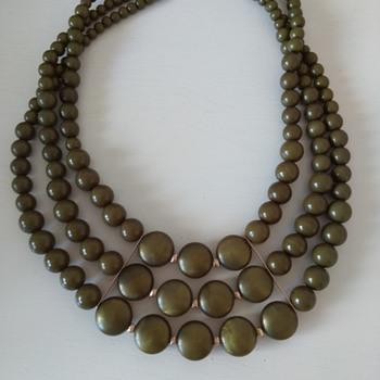 Statement necklace  - Costume Jewelry