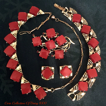 Coro 1950s Red Thermoset Necklace, Bracelet, Brooch, Earring Set - Costume Jewelry