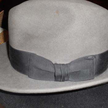 Vintage hat? What's the name for this type of hat? - Hats