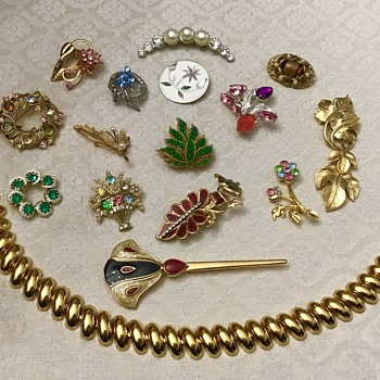 Saturday haul from Church yard sale - Costume Jewelry