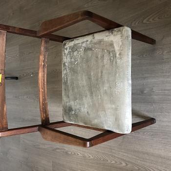 Jens Risom chair - Furniture