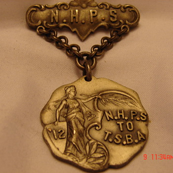 Unknown Beautiful Dieges & Clust Sterling Medal - Medals Pins and Badges