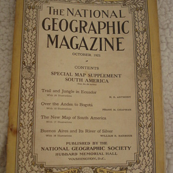 THE NATIONAL GEOGRAPHIC MAGAZINES - Paper
