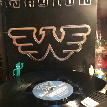 Waylon and the Man  with the vibrato voice  - Records