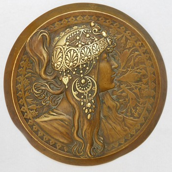 EXTRAORDINARY ANTIQUE ART NOUVEAU BRONZE LADY WALL PLAQUE by Mucha! - Art Nouveau