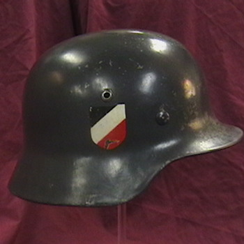 WW II German Luftwaffe M-35 Helmet