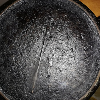 1800's cast iron pot from Jennings, La. - Kitchen