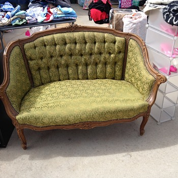 Antique love seat! But what kind? Help?