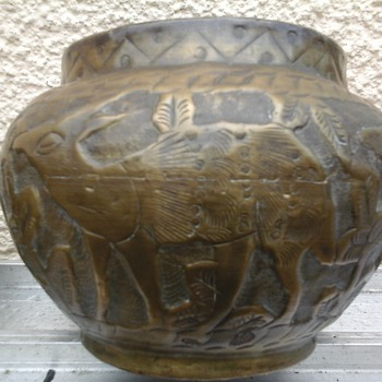 old Brass pot (indian) ?? - Asian