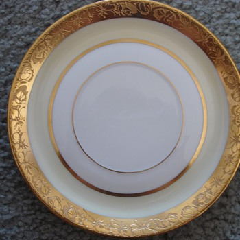Rosenthal Selb-Bavaria China set... trying to identify pattern! - China and Dinnerware