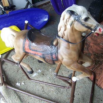 Wonder Horse - spring metal wood plastic