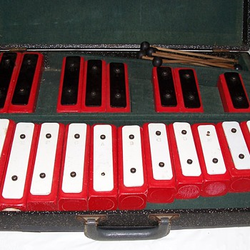 neat xylophone - Musical Instruments
