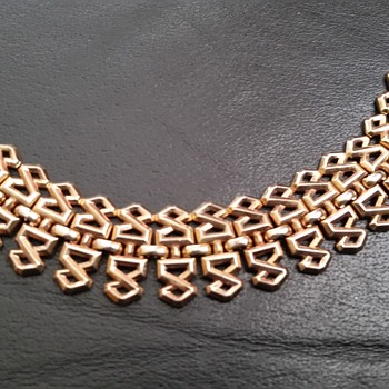 Vintage Crown Trifari Alfred Philippe 1940's Ornamental Bracelet Pat Pend - Costume Jewelry