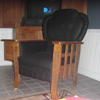 The shouting chair - Furniture