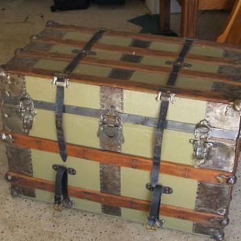 Latest Trunk find - Furniture