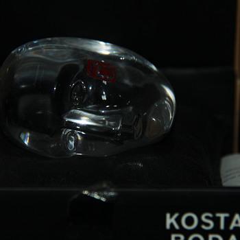 Bertil Vallien Kosta Boda YES sculpture - Art Glass