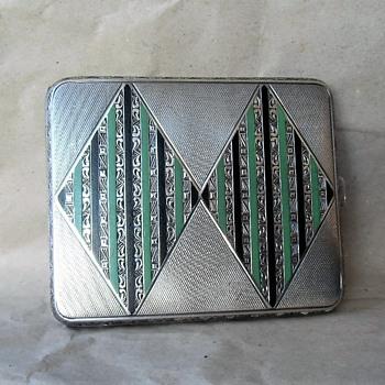 Had to have it! Art Deco Austrian 900 silver enamel design cigarette case C1922-42 - Tobacciana