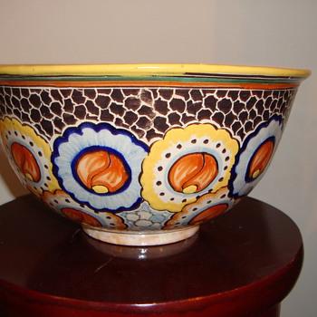 HAND PAINTED POTTERY BOWL ~ ITALIAN ? MEXICO ~ ?  - Pottery