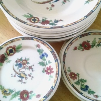 Fine Vintage China , Syracuse Old Ivory collection. - China and Dinnerware