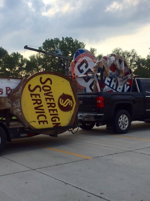 Serious Sign Collecting | Collectors Weekly