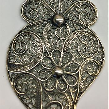 Vintage Sterling Filigree Owl Pendant. - Animals