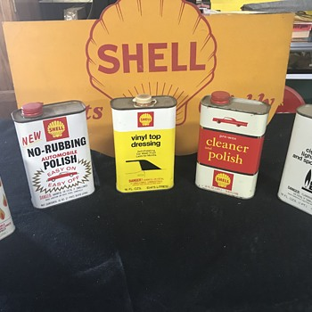 Assortment of Shell Oil company service cans  - Petroliana