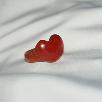 Vintage Carved Bakelite Heart Ring - Costume Jewelry