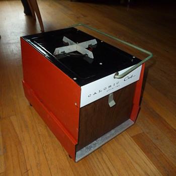 Vintage CALORIC Cub portable ultra-ray broiler