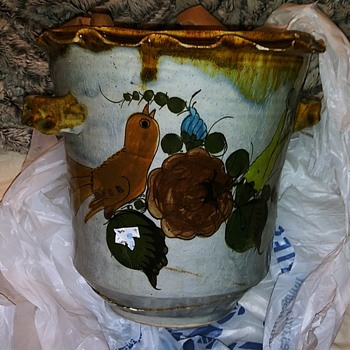Is this antique - Pottery
